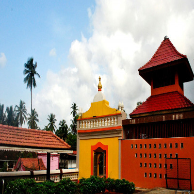 Shri mangeshi temple Places to See