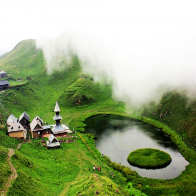 Parashar Lake Place to visit