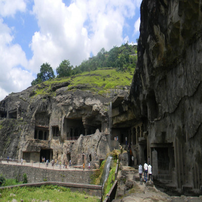 Ellora caves Place to visit