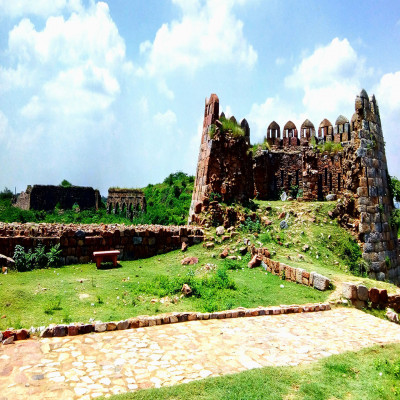 Tughlaqabad Fort Places to See