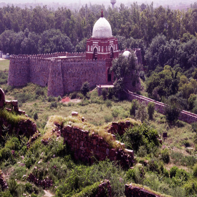 Tughlaqabad_Fort_Attractions