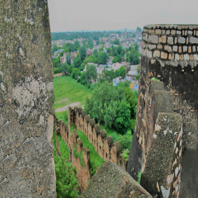 Jhansi_Fort_Package_Tour