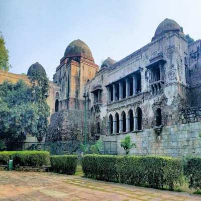 Hauz khas village Place to visit
