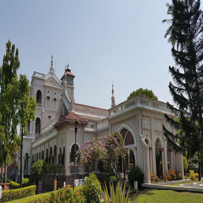 Aga Khan Palace Package Tour