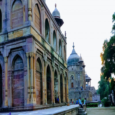 Khusro Bagh Places to See