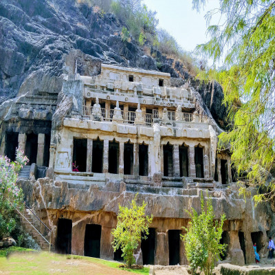 Undavalli Caves Package Tour