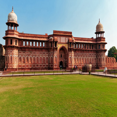 Agra Fort Travel