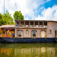 Chunnambar_Boat_House_Attractions