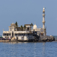 Haji_Ali_Dargah_Travel