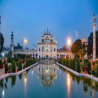 Chota_Imambara_Attractions