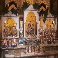 Shri_Banke_Bihari_Mandir_Attractions