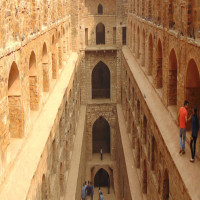 Agrasen Ki Baoli Travel
