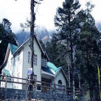 Lachung Lachen and Yumthang Valley Travel