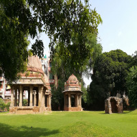 Hauz khas village Travel Plan