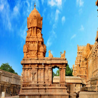 Brihadeeswarar Temple Place to visit