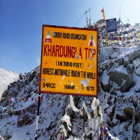 Khardung La Pass Sight Seeing Tour