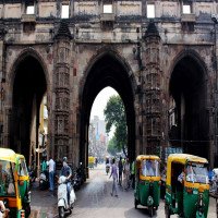 Bhadra Fort & Teen Darwaza Place to visit