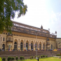 Bara Imambara Package Tour