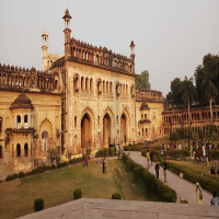 Bara Imambara Places to See