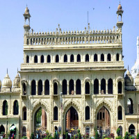 Bara Imambara Sight Seeing Tour