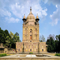 Khusro Bagh Travel Plan