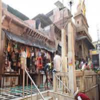 Shri_Banke_Bihari_Mandir_Attractions Travel