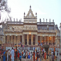 Shahji Temple Places to See