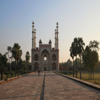 Akbar's Tomb Place to visit