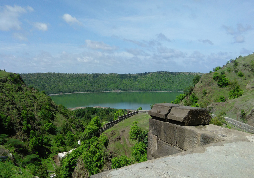 Lonar_Lake_Attractions