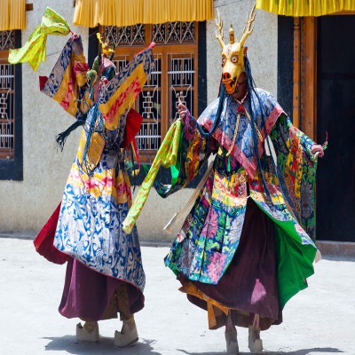 Losar_Travel