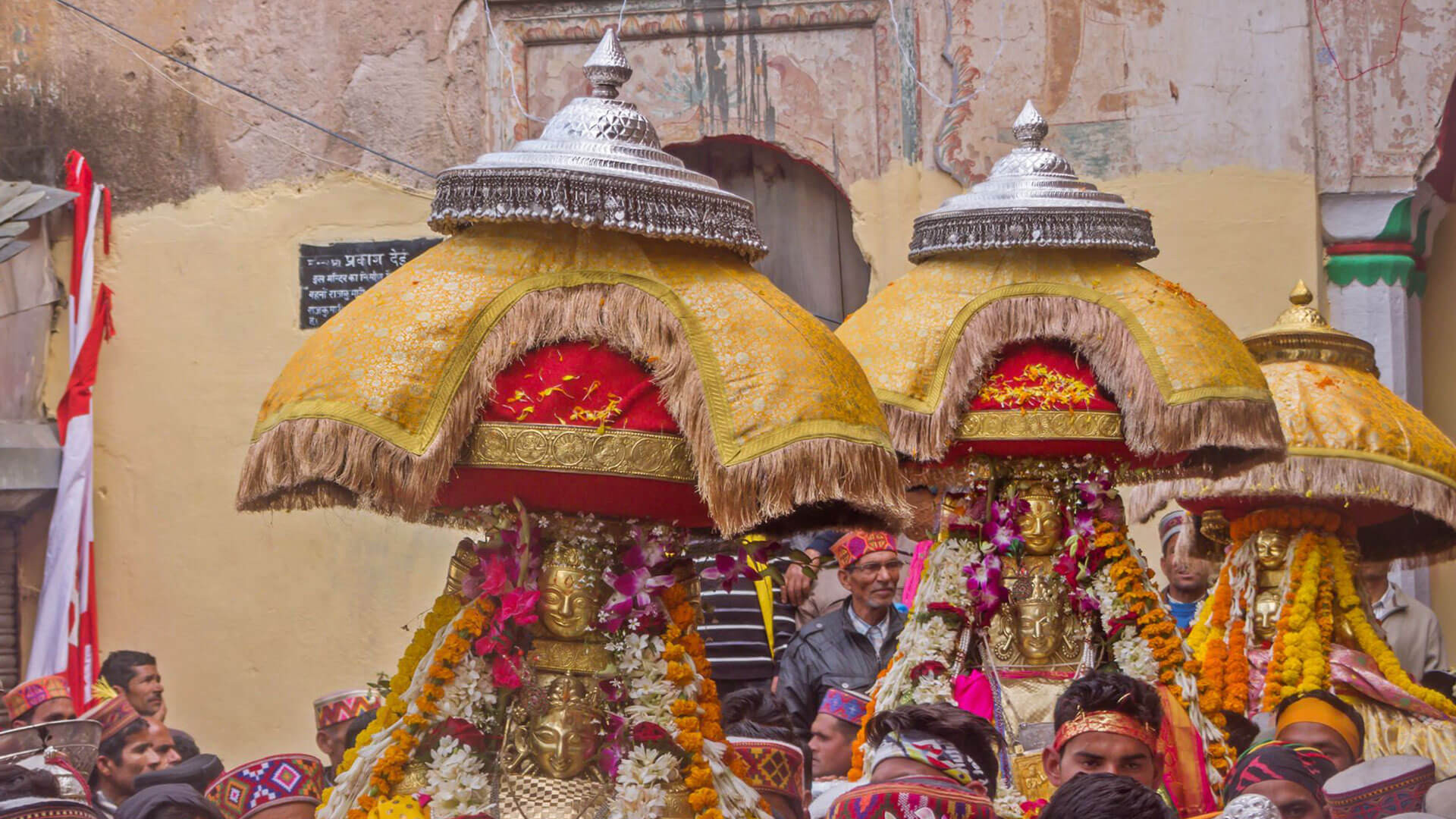 Mandi_Shivaratri_Attractions